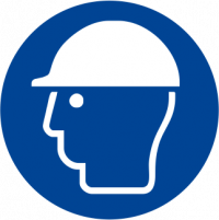 Obbligatorio indossare il casco di protezione